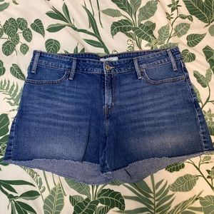 Levi's Mid Rise Stretch Denim Shorts Size 12